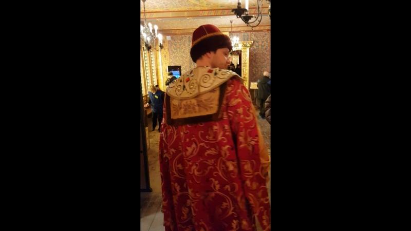 князь Сергий посылает пройти всех в ж..пу