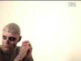 Мода на тату в Красноярске_ надписи на лице