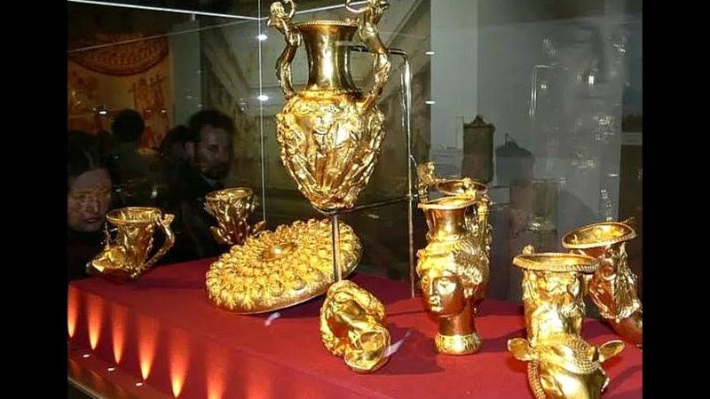 Этот невероятный клад был найден под самим КРЕМЛЁМ!