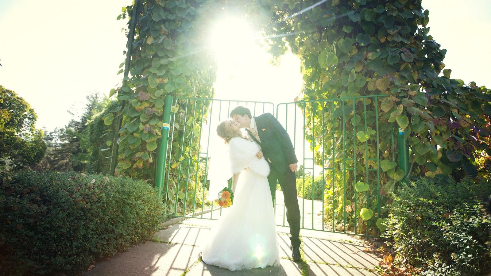ZcJ2tb1qaKs - Как получать удовольствие от подготовки к свадьбе: 6 советов молодоженам