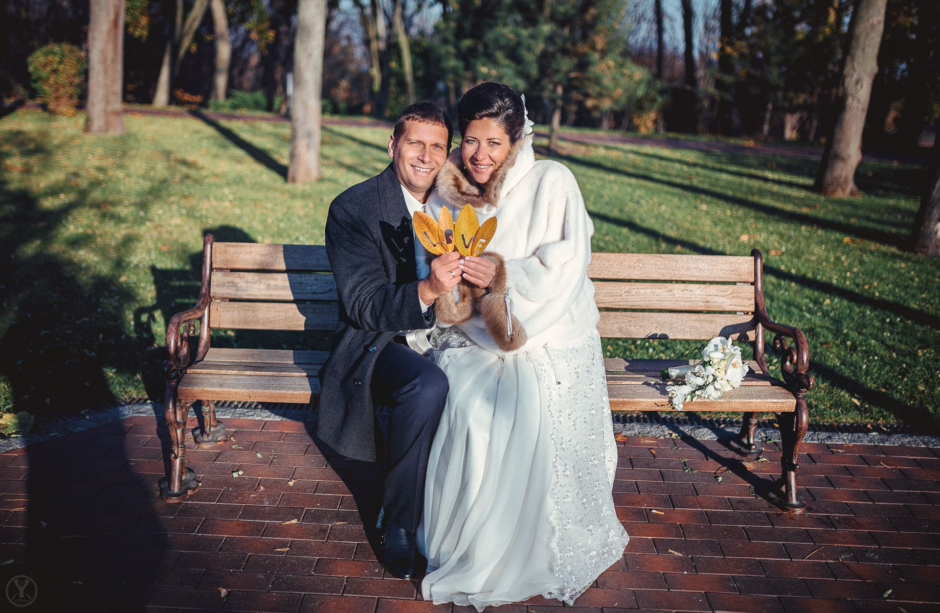 I04PQodBYWU - Как получать удовольствие от подготовки к свадьбе: 6 советов молодоженам