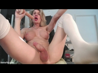 Delia ts in fucking the cum out of myself camshow - 18.08.2018
