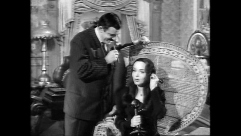 S1E16.The.Addams.Family.Meets.the.Undercover.Man