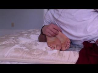 19 year-old tickle virgin sasha