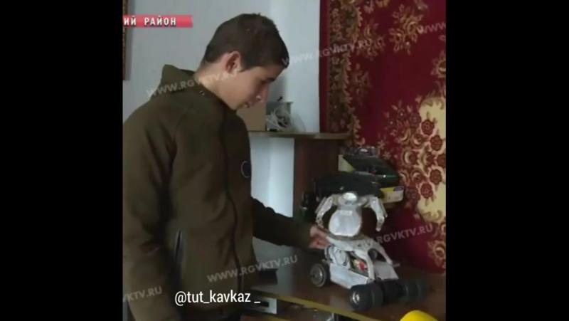 15-летний конструктор роботов из хлама [Нетипичная Махачкала]