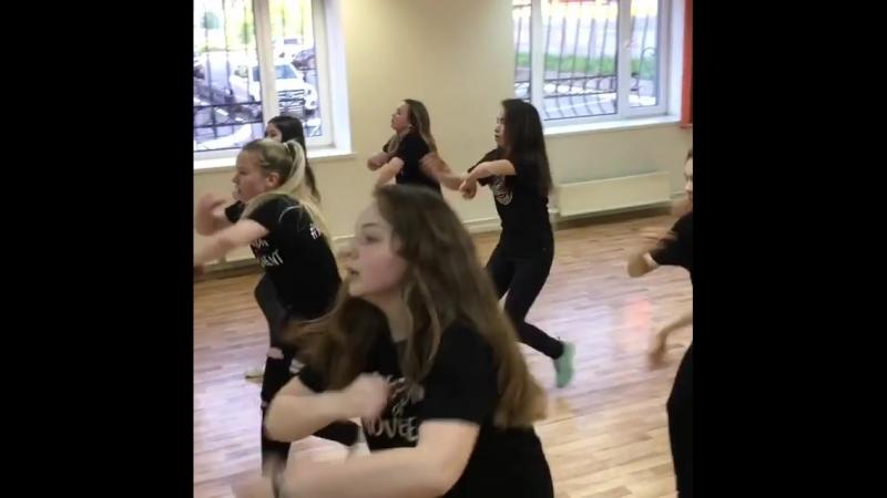 Завтра в 18 00 Dance mix 13 🚀Вливайся в яркие и выразительные танцы пронизанные огромным зарядом энергии где каждый спос