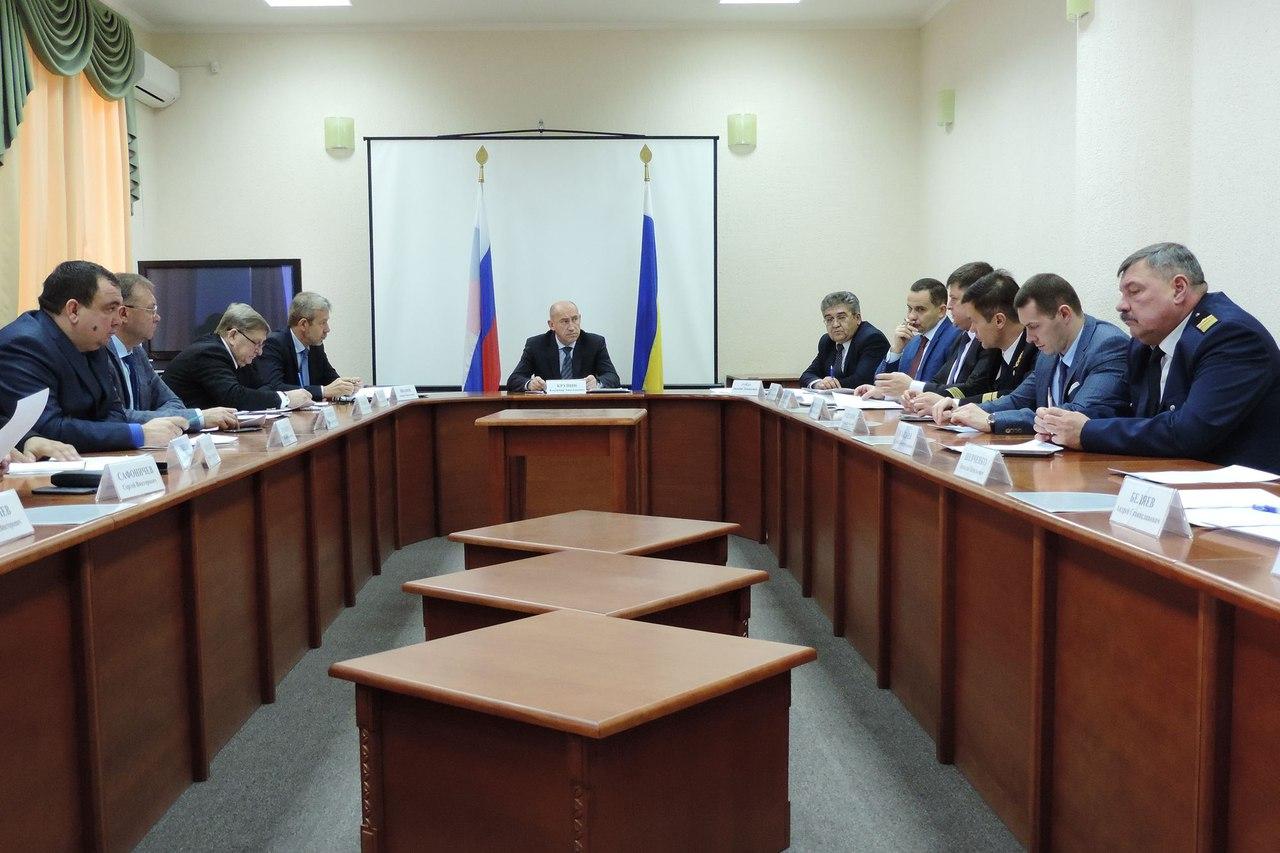 В Правительстве Ростовской области обсудили развитие туристических перевозок по Таганрогскому заливу и реке Дон
