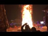 В Южно-Сахалинске сгорела главная городская елка.