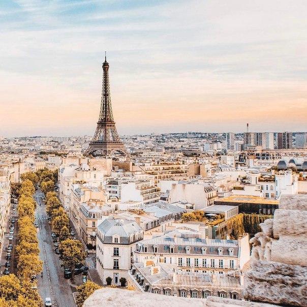 🇫🇷Петербург: авиабилеты в Париж весной всего за 10200 рублей туда-обратно