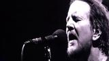 Pearl Jam - Missing (Chris Cornell) - Wrigley Field (August 18, 2018)
