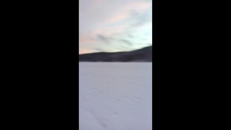 Катания на снегоходе на санях