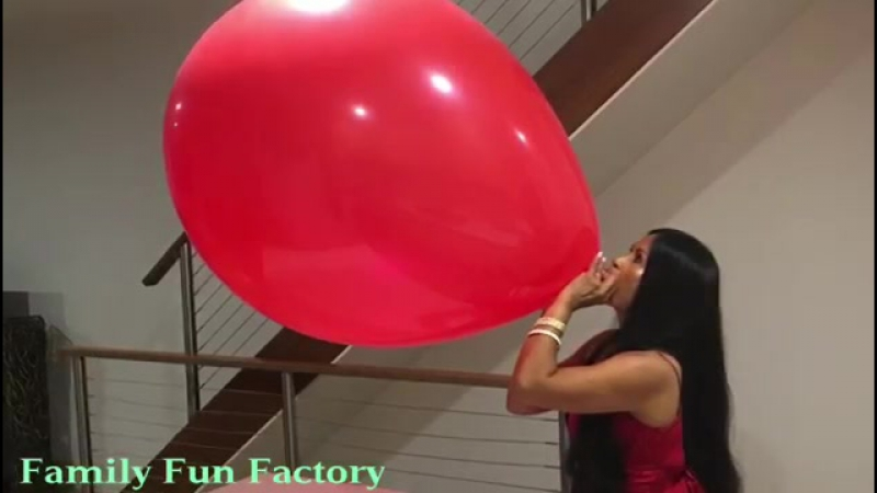 Family Fun Factory - Giant Red Balloon My Biggest Balloon Ever
