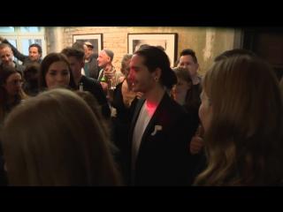 Krasses Fan-Geschenk- Tom Kaulitz bekommt Penis-Ring!
