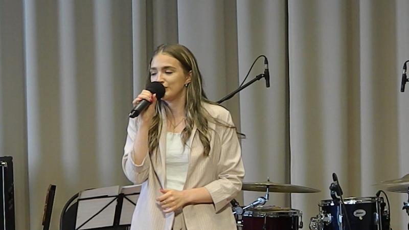 Валентина Малых - Я чувствую кожей (слова и музыка Надежда Новосадович)