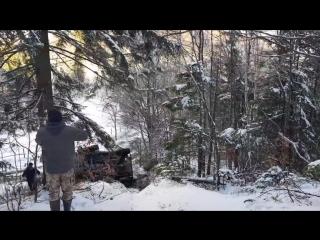 Offroad crash nissan patrol y61_HD.mp4