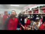 Раздевалка сборной России по хоккею после победы. 18+