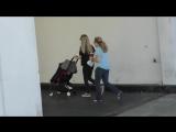 Аманда с мамой и дочкой на прогулке в Беверли-Хиллз, Лос-Анджелес, США | 15.02.17