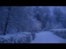 Сквер, что возле дома после ночного снегопада. Раннее утро.