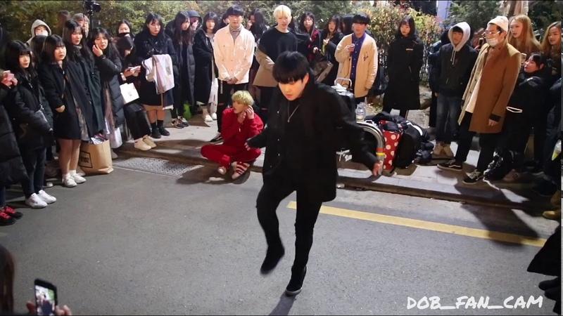 171118 디오비 DOB 홍대공연 (효진solo) / 태민 - move