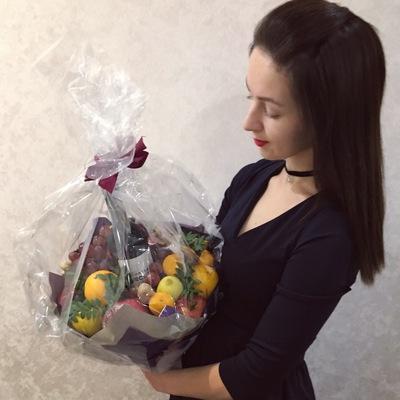 Катя Тулина