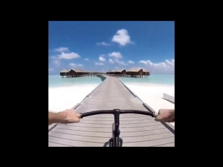 ultimate.travels___BljVMEnlNlW____1.mp4
