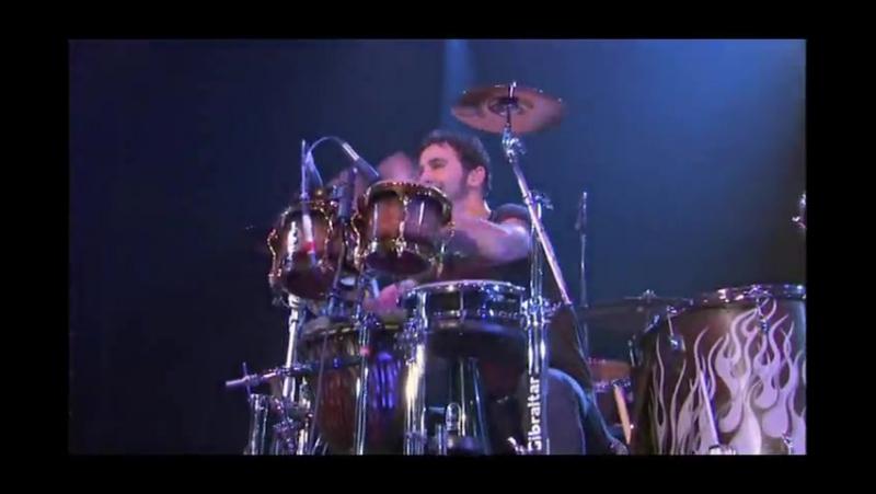 Godsmack - Drum Battle HD - Sully Erna vs Shannon Larkin - Batalla De Los Tambores (HD) » Freewka.com - Смотреть онлайн в хорощем качестве