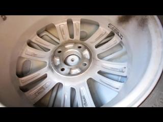 Сравнили нишу для запасного колеса в Весте и Гранте.
