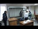 28 12 17 бывший ген дир Карпушёв был доставлен в суд в наручниках