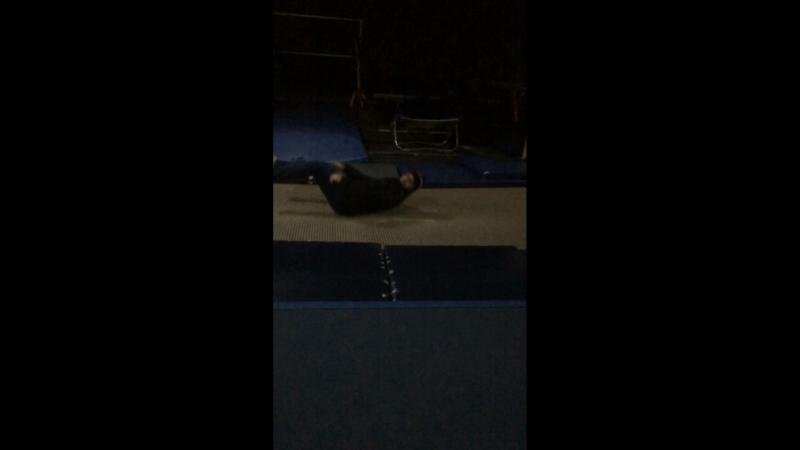 На акробатике 34
