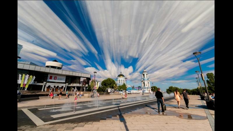 Небо рисует акварелью.