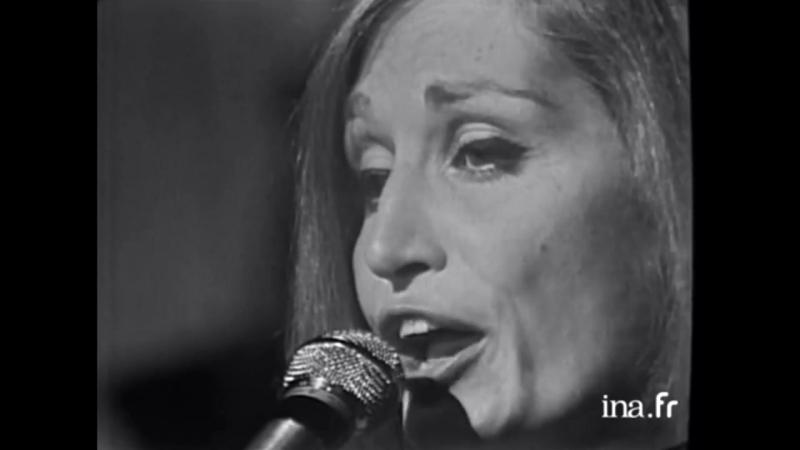 pour essayer faire chanson Paroles du titre pour essayer de faire une chanson - charles aznavour avec parolesnet - retrouvez également les paroles des je mets tout mon art dans ma plaidoirie et quand libre enfin tous deux ils s'en vont le mot et la note s'unissent à vie pour essayer de faire une chanson.
