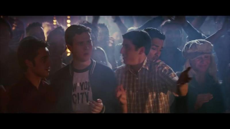 Танец Стифлера в гей клубе. Фильм
