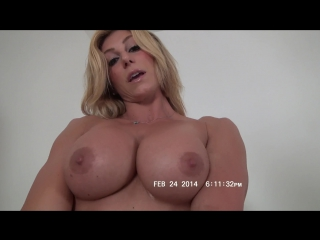 Rapture shows off her hot muscle body and jiggles her ass