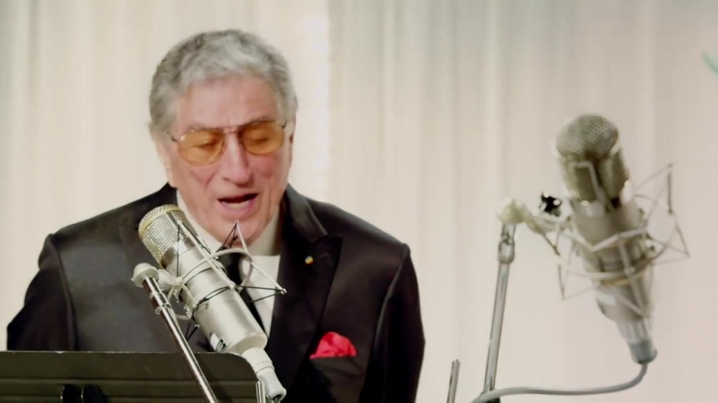Tony Bennett, Lady Gaga - The Lady is a Tramp (from Duets II- The Great Performances)