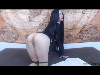 [mаnуvids] jеssiса stаrling morticia fingers and fucks to poe (1080p) [amateur, brunette, hd, russain, 2018]