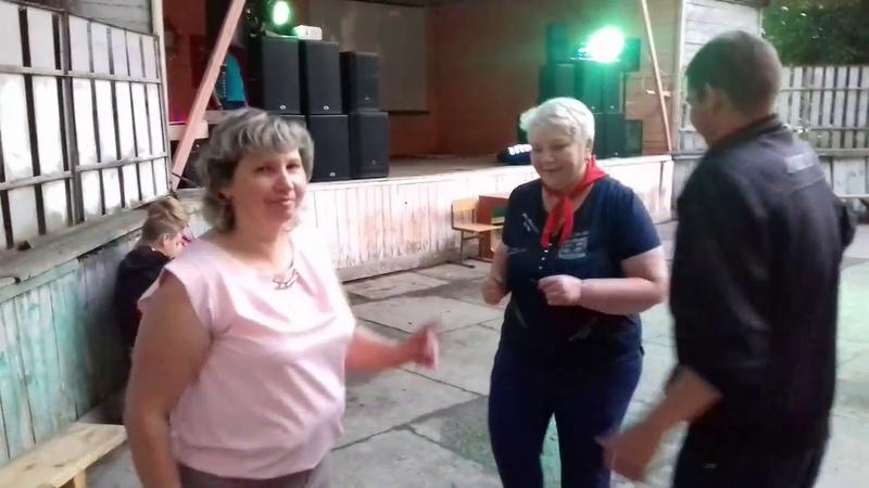 7 ИЮЛЯ 2018 г ДИСКОТЕКА В СУРАЖЕ Алла Петровна вступила в пионеры