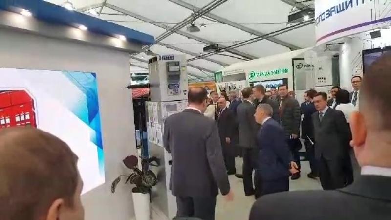 Посещение Президентом Республики Татарстан Миннихановым Р.Н. павильона Компании на 19-ой международной выставке в г. Казани