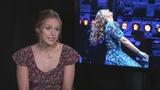 'Supergirl' Melissa Benoist makes Broadway debut as Carole King