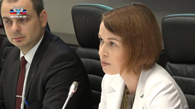 Приоритетным направлением работы парламентов ЛНР и ДНР должна стать гармонизация налогового и таможе