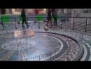Земля вращается вокруг своей оси не верите вперед в парижский Пантеон