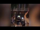 В Воронеже парень переборщил с радостью от победы России и решил поскакать на машине полиции.