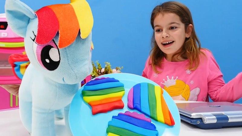 My Little Pony. Oyun hamurundan gökkuşağı kurabiyesi