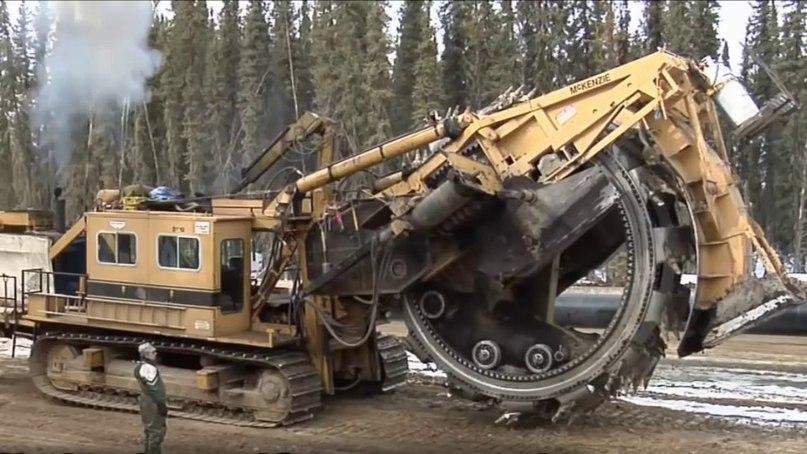 xg9v3UZPfVs - Огромные и чудовищные машины (видео)