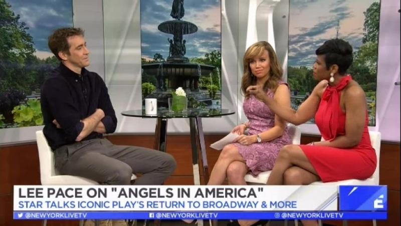 Ли Пейс говорит о спектакле Ангелы в Америке в утреннем шоу на ТВ