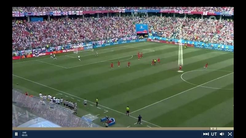 Хитрые панамцы пытаются забить гол, пока англичане празднуют!
