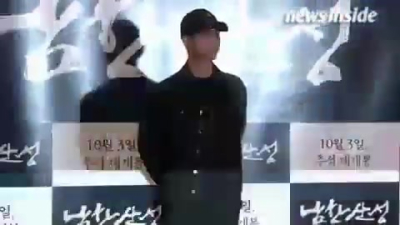 170925 Ким Су Хён на вип-премьере фильма Fortress