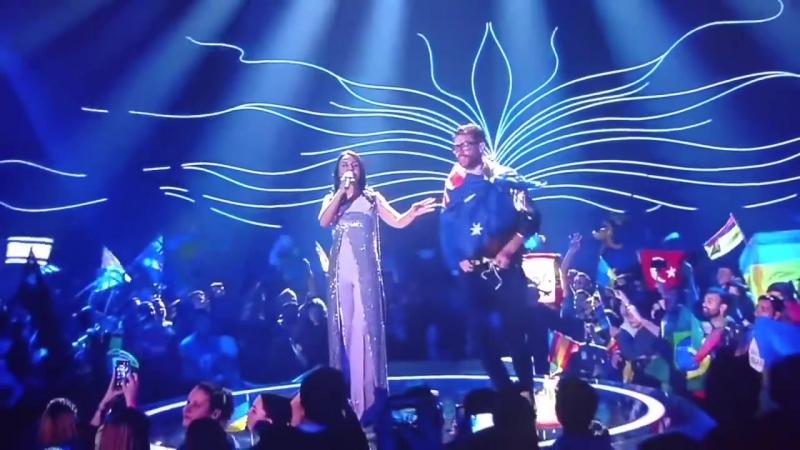 Евровидение 2017 - Джамала и Седюк житель Украины с голой жопой на сцене!_HD.mp4