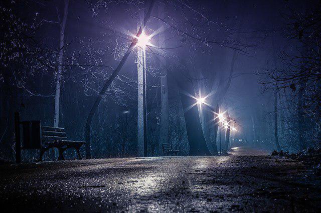 Во дворе на улице Коненкова восстановили освещение