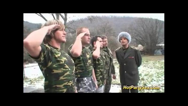 Оральний секс гей порно солдат