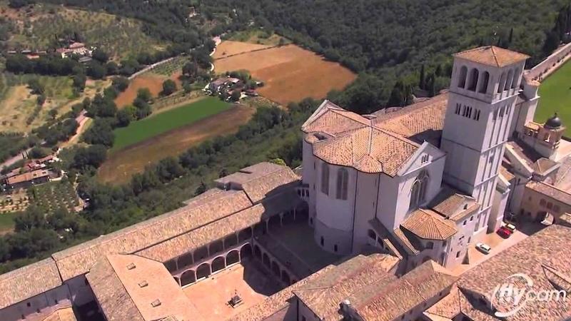 Assisi. ИFLYCAM VIDEORIPRESE AEREE CON DRONE - Basilica di San Francesco - Assisi